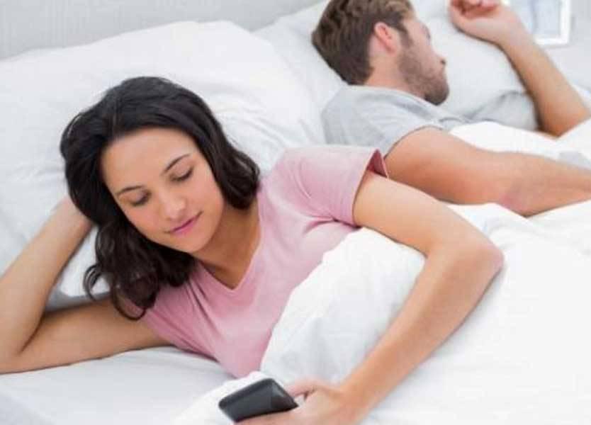كيف تعرف أن زوجتك تخونك ؟!
